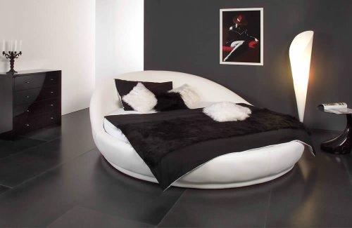 Rundes Bett DREAMLAND in Ø 220 cm - traumhaftes Designerbett, weisses Kunstleder